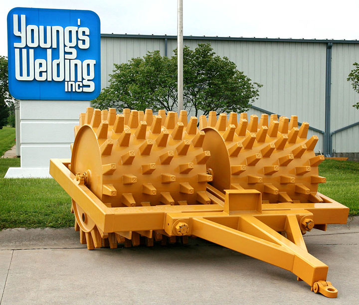 Sheepsfoot Rollers | Young's Welding, Inc.